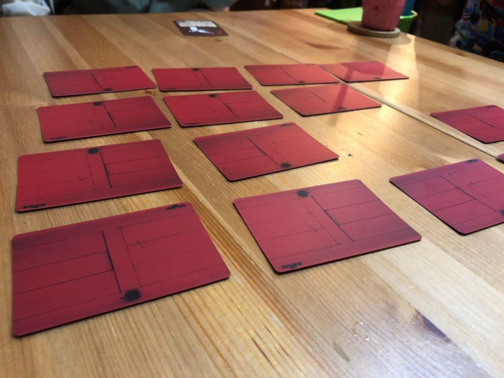 赤い扉と殺人鬼の鍵のプレイ風景
