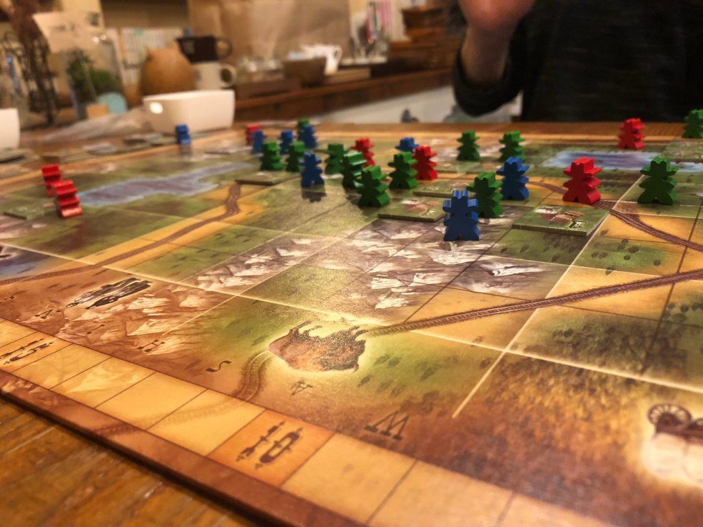 オレゴン(OREGON)のプレイ風景(3人対戦)
