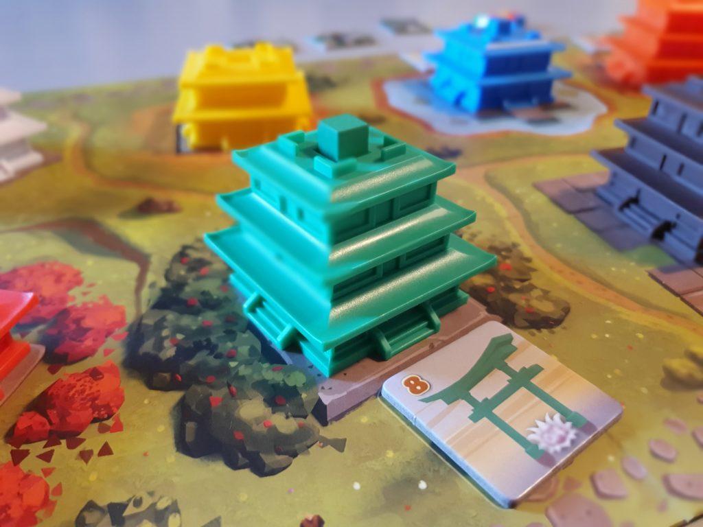 多重塔-Tajutoの捧げものをされた塔