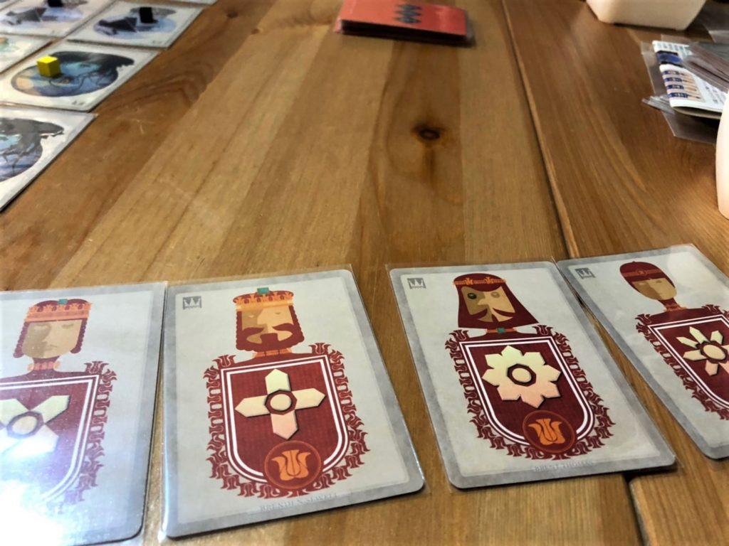ヴァイ(VYE)のファミリーカード