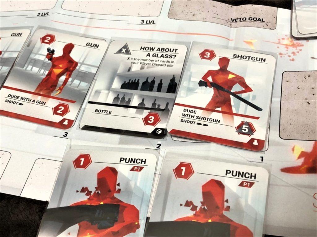 SUPERHOT THE CARD GAMEのプレイ風景